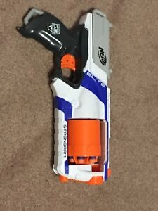 Lot of 3 nerf guns with nerf bullets and guns