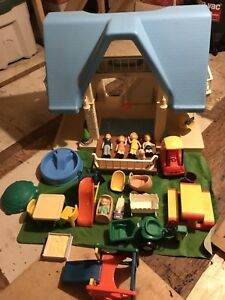 Little Tykes Dollhouse with accessories