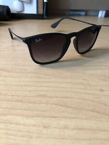 Men's Raybans sunglasses