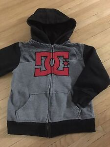 Size 5/6 DC shoes Hoodie
