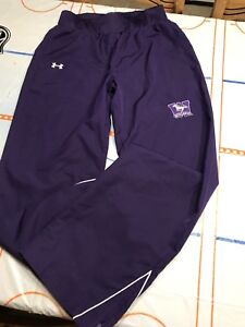 Western Ladies Size SM Under Armour