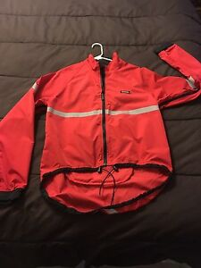 Men's Running Room Jacket Size Small
