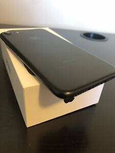 Excellent  condition iPhone 7 32 gb unlocked