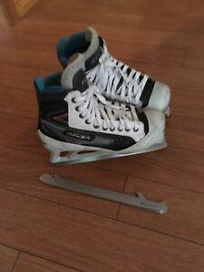 Bauer senior size 8D goaltender skates