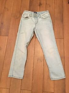 Light washed, Old Navy, cropped super skinny jeans, girl size .