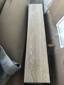 300 pi2 Duraflexflor vinyl floor / plancher vinyl Duraflexflor