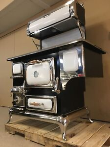 Heartland antique looking stove.  Natural gas or propane