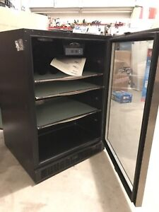 Silhouette 5.3 Cu Feet Fridge