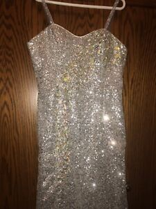 TERRANI COUTURE PROM DRESS (NO LOW BALLERS!)