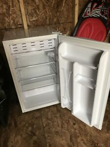 RCA bar fridge