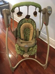 Baby Swing - Graco Swing 'n Bounce in Monkey Business