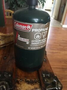 4 propane canisters