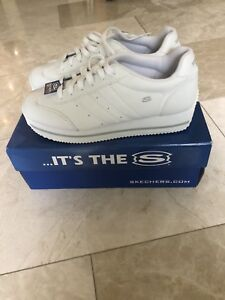 White Skechers Active size 9 shoes