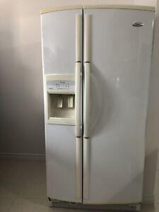 Réfrigérateur WHIRPOOL en parfait état