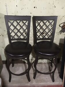 Island Chairs/Bar Stools