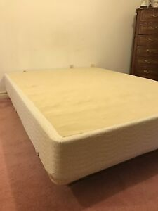 Simmons BeautyRest queen size box spring