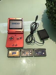 Gameboy Advance SP and 3 games GBA trades