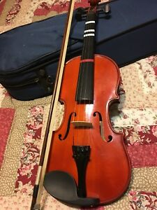 Stentor 3/4 Student Violin and case