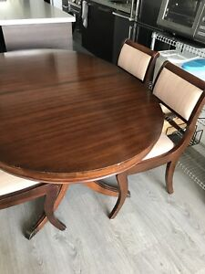 Solid wood dining room table w/ 4 chairs