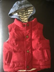 Vest with hoodie 12-18 months