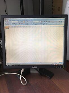 Dell 19 inches (48cm) PC monitor