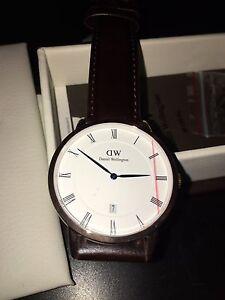 Brand new men's dapper Daniel Wellington watch