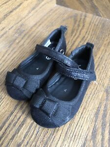 Girls Size 4 Toddler dress shoes