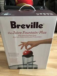 Juicer / machine a jus « Breville »