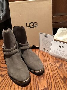 UGG NEW Women's Kelby Ankle boots size 7
