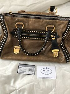 c75f30d2506e Prada | Buy or Sell Women's Bags & Wallets in Edmonton | Kijiji ...