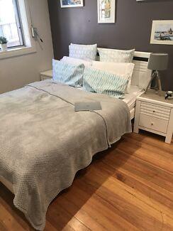 Queen Bed Bedroom Suite - 5 Pieces -  $600