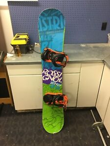 56df029af5a9 140cm rossignol district snowboard for sale