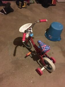 Girls bicycle. Shimmer and Shine Theme. - $50