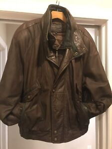 Men's XL Brown Leather Bomber Style coat by Crown