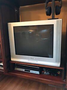 "Samsung 27"" flat screen TV"