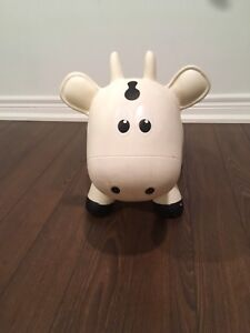 Farm hoppers cow
