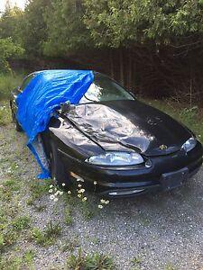 1998 Oldsmobile aurora $700 takes it