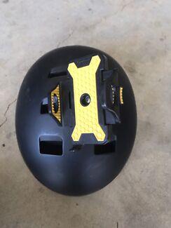 Helmet/ phone holder