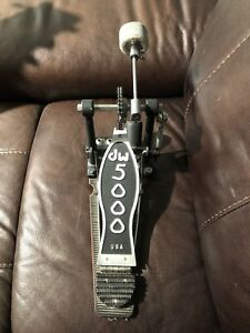 DW 5000 kick pedal with trigger pad