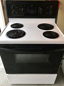 """Kenmore stove 30"""" -works great"""