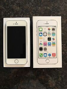 iPhone 5s 32gb white/silver