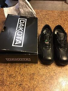 Dakota Sz 8 Women's steel toe work shoes