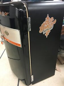 Custom vintage Harley fridge    Very cool!!