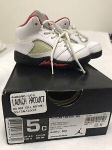 Toddler fire red jordans shoes