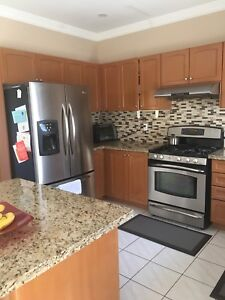 Full kitchen with GE Gas and dishwasher - for Cheap