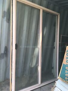 Windows Bradman  10 years old hole house Tallai Gold Coast City Preview