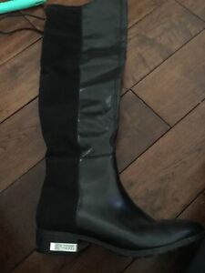 Like New Guess Boots