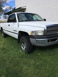 1997 Dodge Ram1500 4X4 Manual