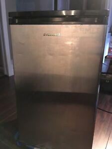 Réfrigérateur Sylvania