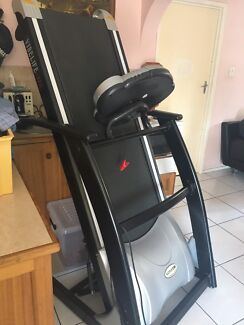 Vibe life Max Pro R211 treadmill